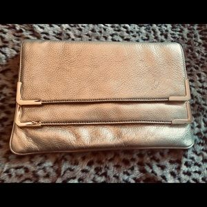MICHAEL KORS GOLD Leather Large Clutch